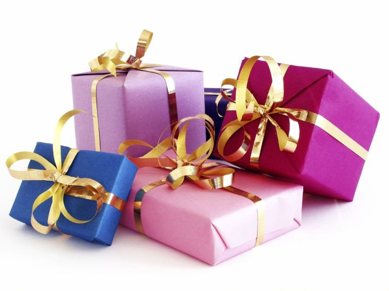 36254784-gift-images